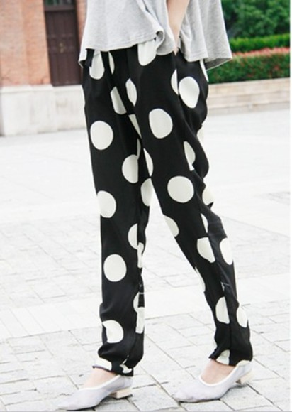 white polka dots black pants trousers