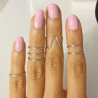 ring in finger jewels midi ring midi rings above the knuckle ring silver midi rings the middle