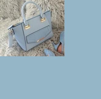 bag baby blue light blue blue gold pockets zip