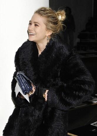 olsen sisters blogger fur coat black coat