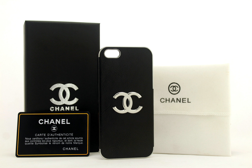 the latest 16b44 eb0b5 Cheap Cell Phone Cases Chanel iPhone 5 Case 069