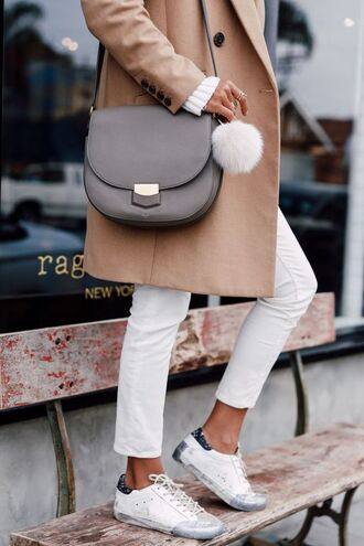 shoes white and beige outfit white sneakers white and beige sneakers low top sneakers pants white pants bag grey bag bag accessoires fur keychain beige coat winter outfits winter look tumblr