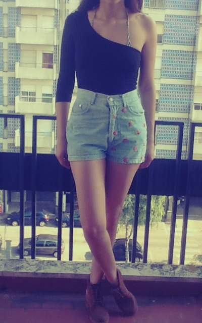 Classic 90s high waisted denim shorts size 36eur by handmadegold