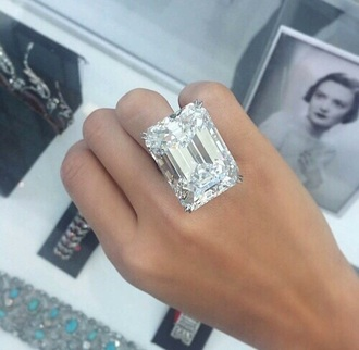 jewels jewelry hand jewelry ring silver ring engagement ring statement ring diamonds diamond ring big rings