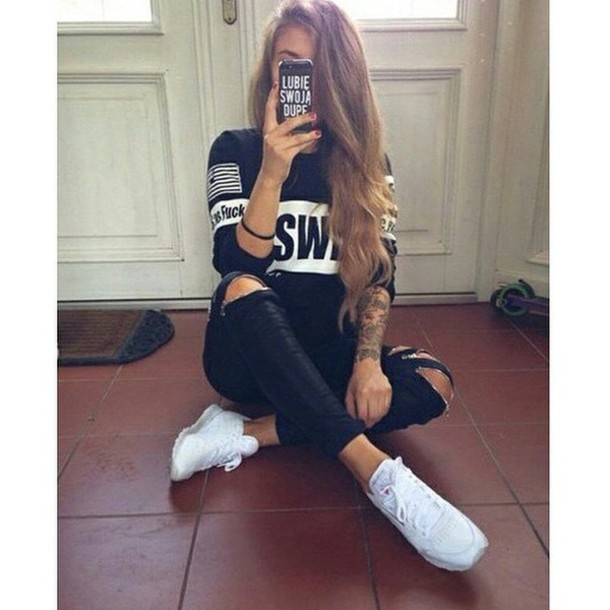 casual cool t-shirt sweetshirt jeans sweater shirt shoes black swag america white black jeans black jeans black fashion earphones blouse cute edgy as fuck black sweater crewneck bag