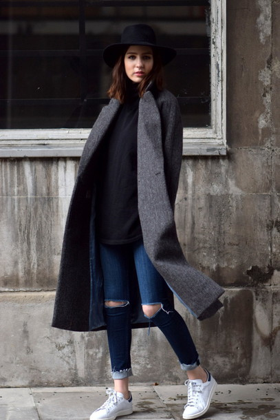 shot from the street blogger sweater jeans