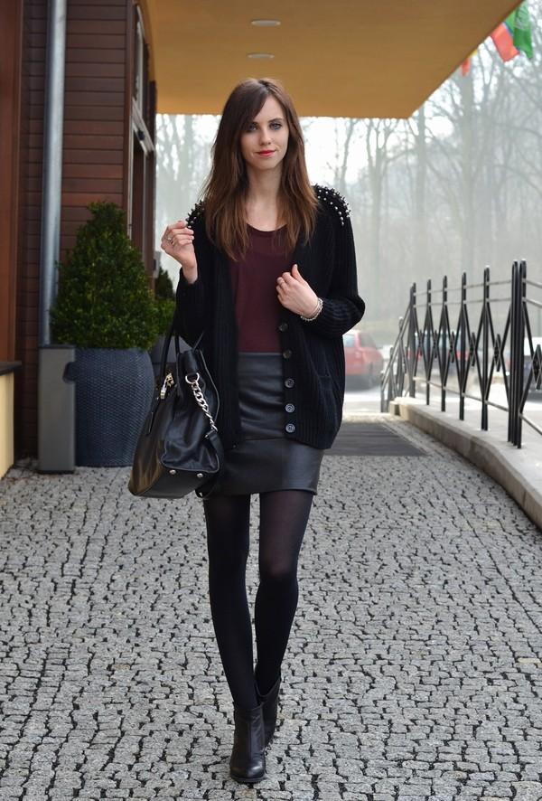 vogue haus t-shirt skirt sweater shoes bag jewels