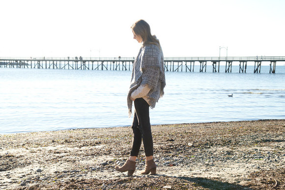 styling my life blogger bag jeans scarf blanket scarf