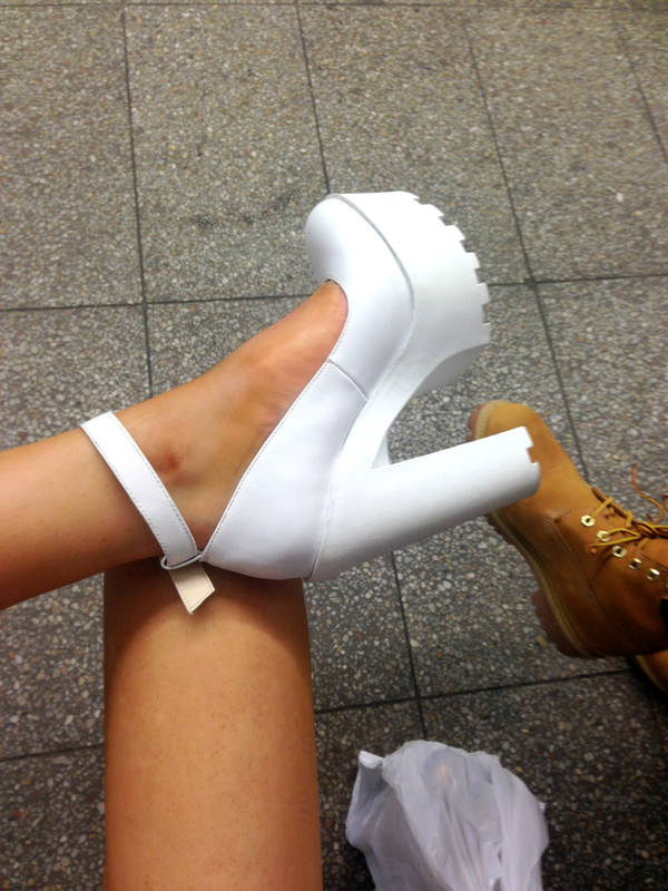 shoes high heels white cleated sole platforms white heels block heels white block heels heels one strap chunky heels high heel tred heel grunge shoes help me out grunge thick heel stylish shoes platform shoes white shoes tumble post ankle strap heels chunky shoes chunky heels white pinterest