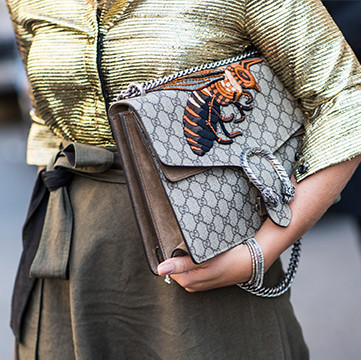 chloe hudson mini tasseled leather crossbody bag