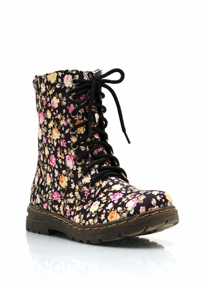 Find and save ideas about Floral combat boots on Pinterest. | See more ideas about Dr martens floral boots, Doc martens combat boots and Floral dr martens. Women's fashion Black Floral Lined Combat Boots: Sugar, spice, everything nice and a little bit of edge. That's what these boots are made of! Stomp around in these black combat boots.
