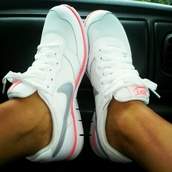 nike,white,shoes,white nike with gray swoosh and orange trim,nike running shoes,trainers,athletic,white shoes,nike shoes,nike shoes womens roshe runs,nike free run,running,sportswear,nikes,pink,summer,blue,vintage,rose,bleu,pale,hot,running shoes,running crop tops colourful,light pink,sneakers,air max,style,fitness,same colour,tennis shoes,pink shoes,nike sneakers,white sneakers,women,white nikes,woman nikes,nike white and peach,pink and white,cardigan,nike running