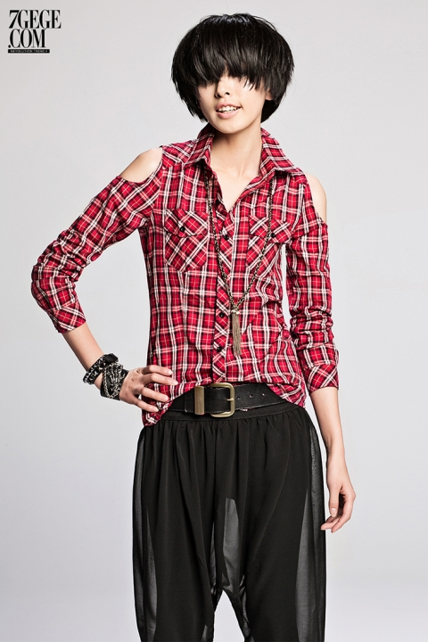 Cut-out Shoulder Ladies Plaid Shirts Red Green