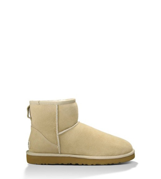 style fashion mini uggs boots winter outfits winter boots