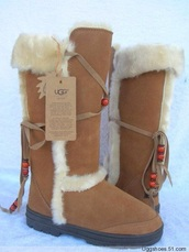 ugg boots,tall,fur,indian style