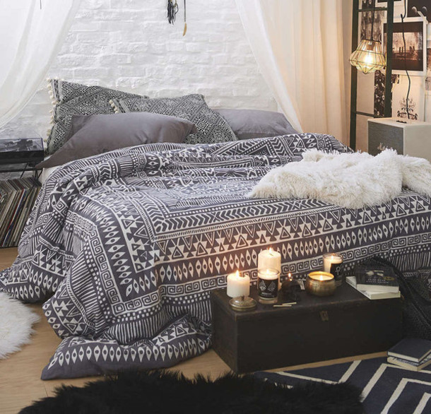 Home Accessory: Bedding, Bedroom, Tumblr Bedroom, Cute