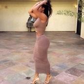 dress,nude,brown,skirt,top,crop,kim kardashian,bodycon skirt,two piece body con,two-piece,nude skirt,nude top,all nude everything,sexy nude top,crop tops,nude crop,heels,nude heels,maxi skirt,two piece dress set