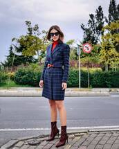 sweater,turtleneck,coat,checkered,wool coat,sock boots,high heels boots,earrings,sunglasses