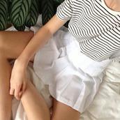 skirt,white skirt,tennis skirt,grunge,pale grunge,grunge skirt