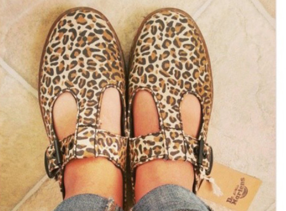 shoes DrMartens leopard print