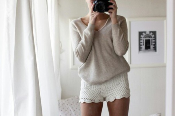 sweater beige pullover v neck pull