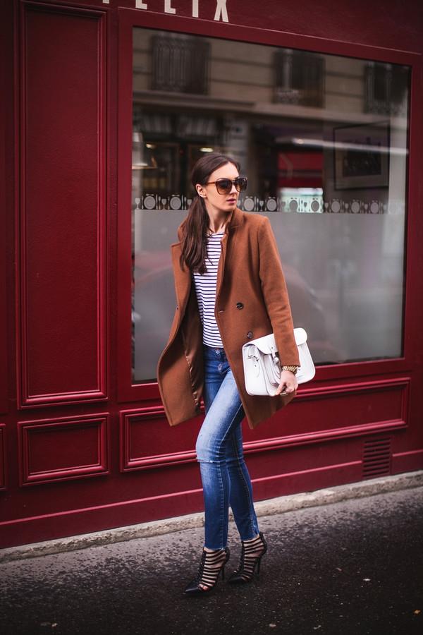 fashion agony coat t-shirt jeans shoes bag jewels sunglasses