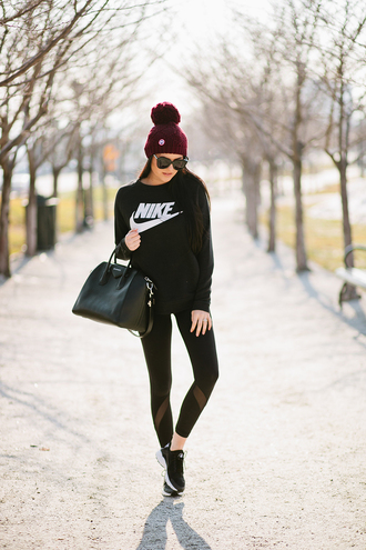 top tumblr black top nike sportswear sweatshirt leggings workout leggings black leggings mesh leggings sports shoes sports pants sports leggings nike sportswear bag black bag beanie pom pom beanie sunglasses black sunglasses