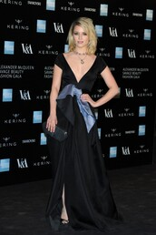 dress,gown,dianna agron,red carpet dress,sandals,shoes,jewels