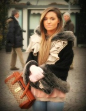 jacket,poncho,fur,faux fur jacket,grey,winter outfits,cute,scarf,marzia,cutiepiemarzia