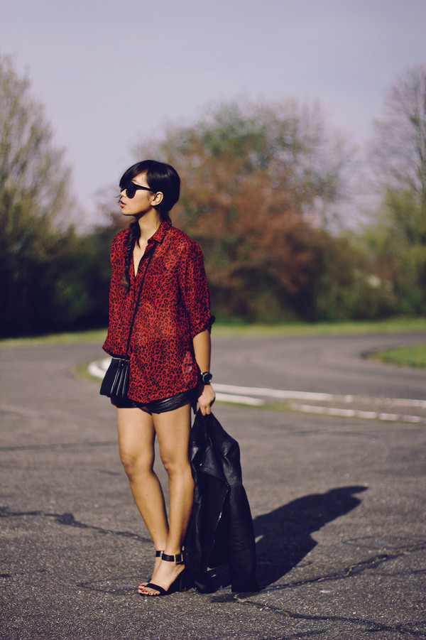mode junkie blouse shorts jacket bag jewels shoes sunglasses
