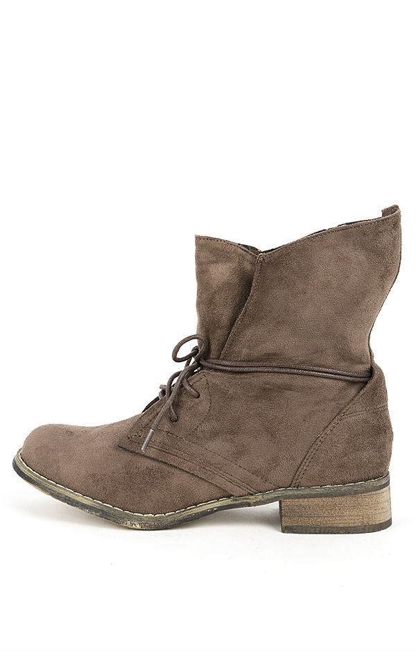 1 lace up suede boots