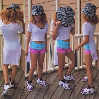 pants t-shirt shorts natural hair curly tye dye long shirt bucket hat hat jordans outfit mixed chicks shirt jeans