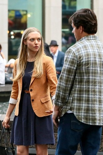 dress navy polka dot dress amanda seyfried