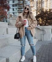 coat,ripped jeans,white sneakers,black bag,white t-shirt,streetwear,black sunglasses