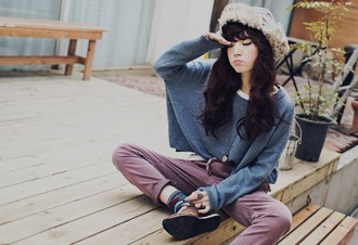 sweater cute fall outfits joggers hipster baggy pants