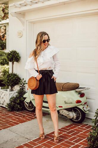 miami + dallas based lifestyle and fashion blog blogger top shorts shoes bag sunglasses ruffled top round bag sandals summer outfits