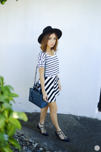 kryzuy blogger hat bag stripes spring outfits top skirt shoes jewels