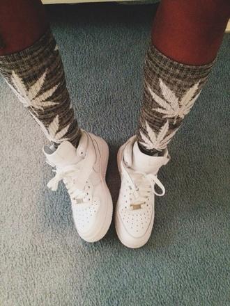 underwear socks weed socks weed grunge soft grunge weheartit cozy comfy fluffy knitwear knitted socks shoes nike air force 1 huf knee high socks fashion top tank top shorts lovely pepa plshelp