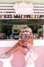 sunglasses,rose gold,rosegold sunglasses,sunnies,pink,pink sunglasses,rosegold watch,tank top,v neck,basketball tank,cute