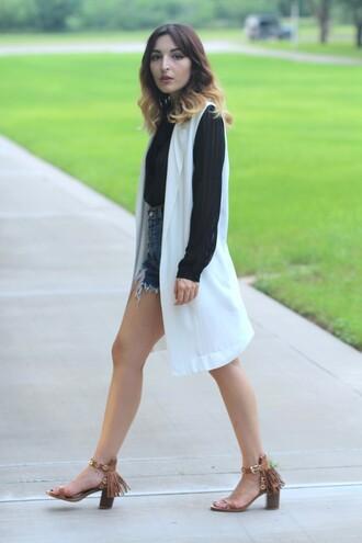 the stylish soul blogger top vest fringe shoes