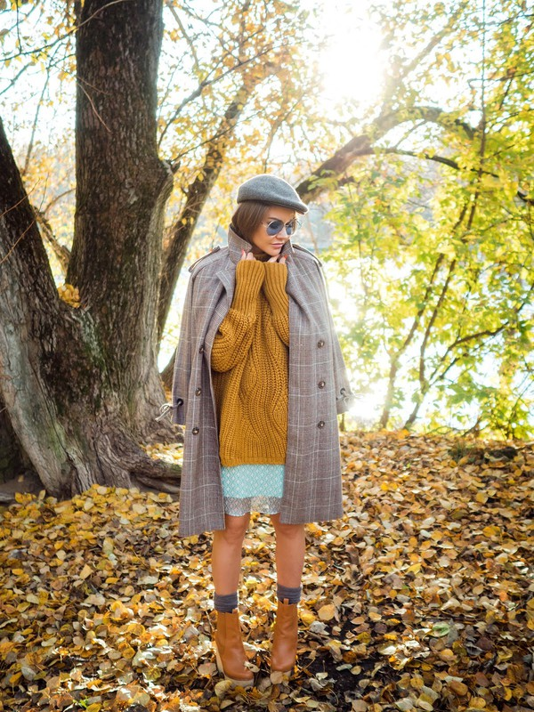 gvozdishe blogger coat dress sweater shoes fall outfits grey coat ankle boots fall colors mustard sweater