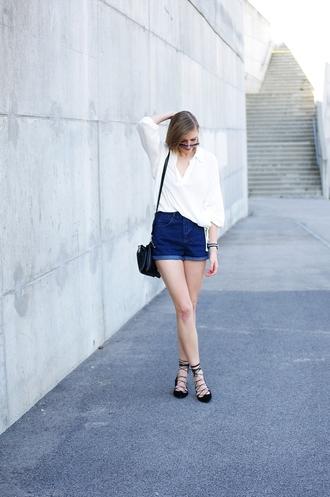 katiquette blogger shorts shirt jewels