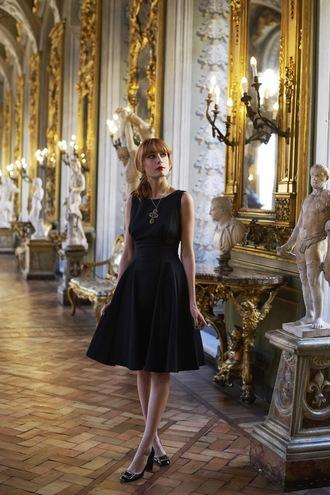 miss pandora blogger black dress