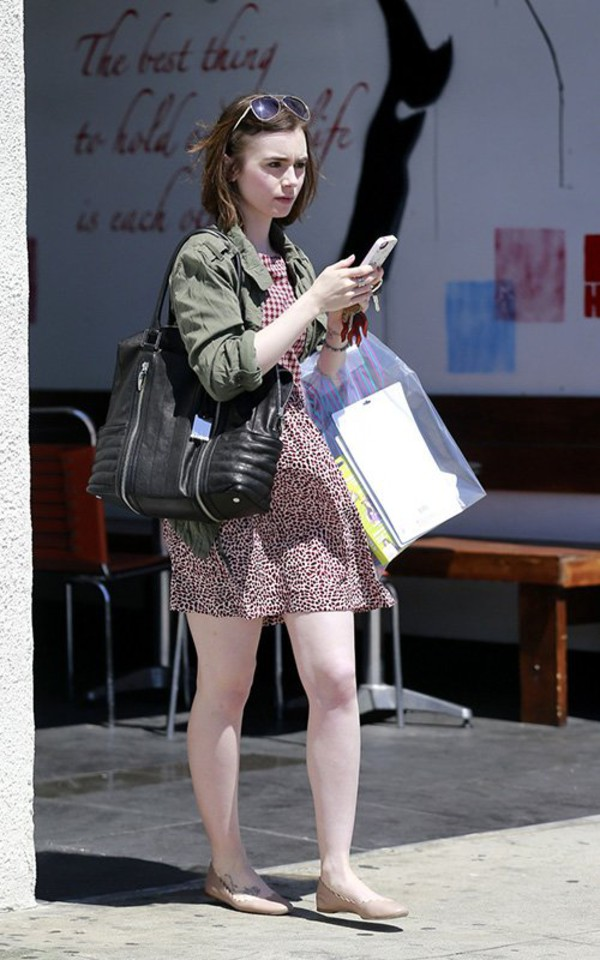 dress lily collins shoes