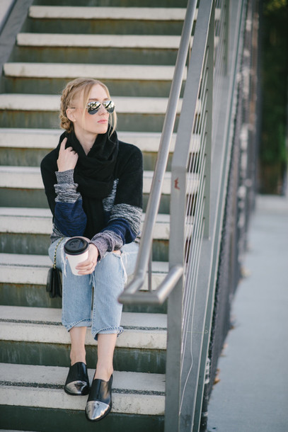 eat sleep wear blogger scarf ripped jeans knitwear