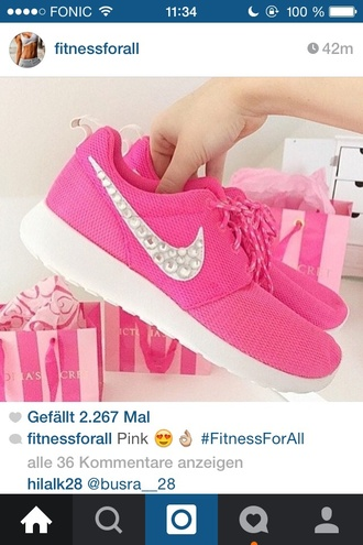 shoes pink nike nike free nike air nike shoes pink nikes blogger vintage pink shoes nike running shoes pajamas