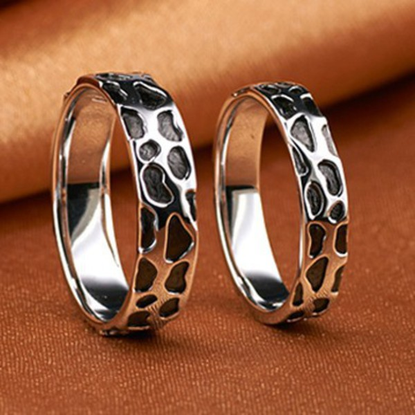 Engraved Gold Plated Modern Wedding Bands for Man and Woman