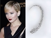 jewels,earrings,silver earrings,diamond earrings,stud diamond earrings,ear cuff,jennifer lawrence,jennifer lawrence red carpet,diamonds,class,stud earrings,diamond ear cuff,ear climber,diamond ear wrap,ear jackets,silver ear cuffs,earring wrap,non pierced,cool,idk,:)))