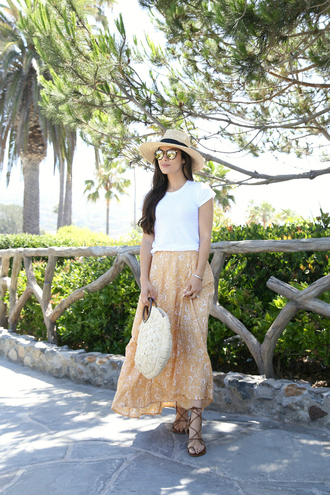 skirt yellow skirt hat tumblr vacation outfits maxi skirt yellow t-shirt white t-shirt bag sandals flat sandals sun hat shoes