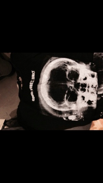 shirt black tumblr good vibes tumblr shirt skull t-shirt headphones tumblr outfit
